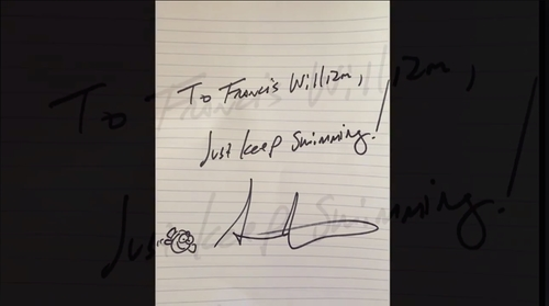 """Lời nhắn của đạo diễn Stanton """"just keep swimming"""" cũng chính là câu thoại nổi tiếng của nhân vật chính trong bộ phim hoạt hình ông làm đạo diễn """"Finding Dory""""."""