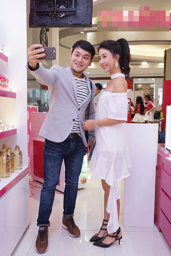 Quỳnh Anh Shyn rạng rỡ sau ồn ào tình cảm với B Trần