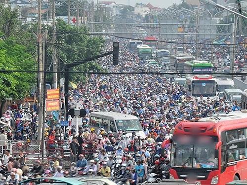 Tỉ lệ dân nhập cư vào các thành phố lớn tăng vọt.