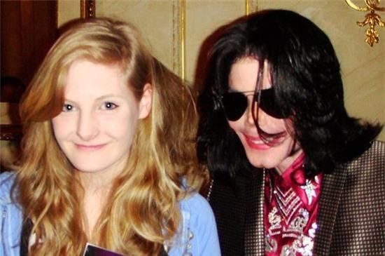 MJ càng khao khát cưới được Harriet khi cô bé lớn lên.