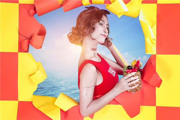 Nữ ca sĩ vừa cho ra mắt MV Summer with me do chính mình làm sản xuất.