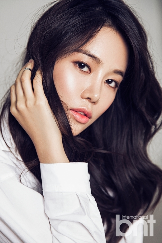 Nhan sắc của mĩ nữ Hàn Quốc sẽ cướp Kang Tae Oh từ Nhã Phương