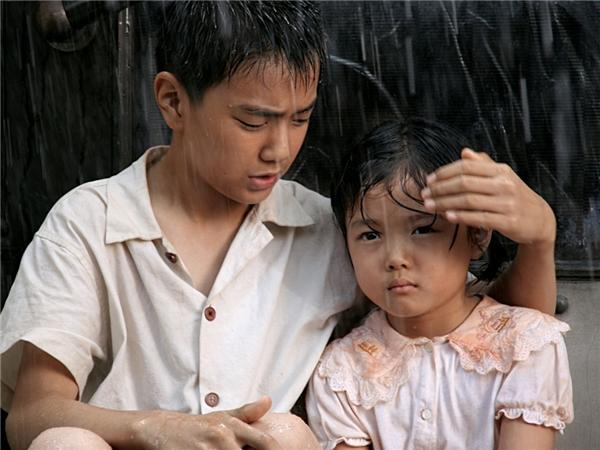 """""""Thếnhưng em không muốn là một đứa trẻ nghèo khó. Cũng không muốn làm đứa trẻ giàu sang. Em chỉ muốn là người bình thường mà thôi."""" (Ảnh: Internet)"""
