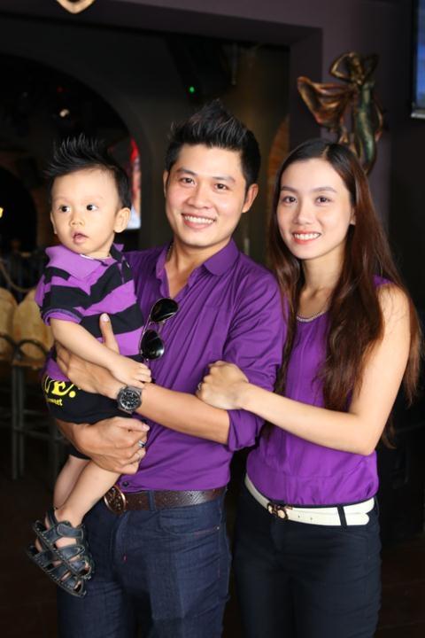 Nguyễn Văn Chung gây thương nhớ với những ca khúc về gia đình