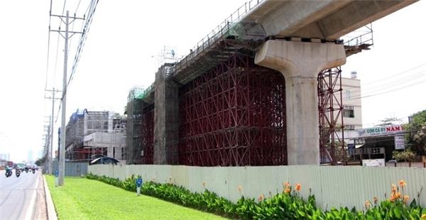 Tuyến tàu điện ngầm đầu tiên ở Việt Nam dần thành hình giữa TP.HCM