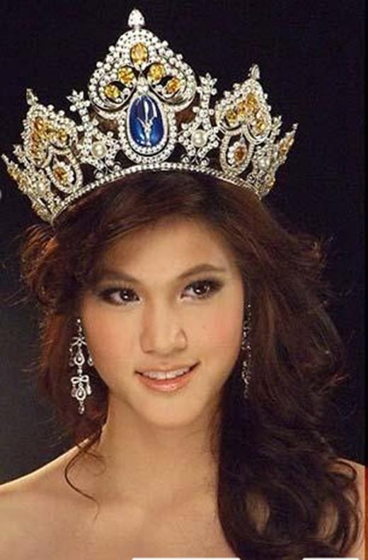 Hoa hậu bị ném đá nhan sắc gây sốt vì màn tái xuất đẹp trai khó tin
