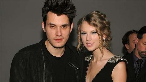 John Mayer đã lên tiếng chỉ trích Taylor về thói quen sáng tác nhạc nói xấu tình cũ.