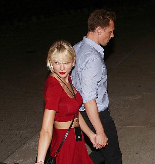 Thế nhưng, dù việc gì, Tom luôn ủng hộ Taylor.