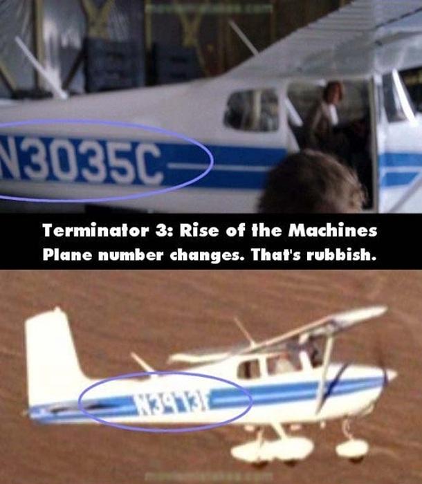 Một cảnh trong Kẻ hủy diệt 3, số hiệu chiếc máy bay đột nhiên thay đổi khi máy bay cất cánh.
