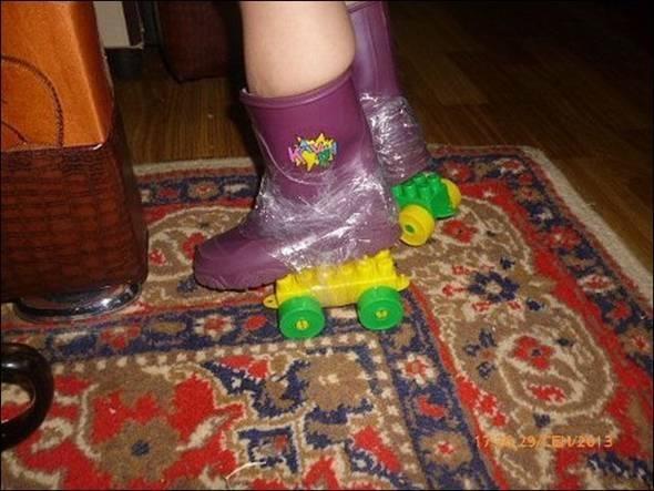 Thích chơi patin thìphải sắm ngay bộ đồ chơi lego.