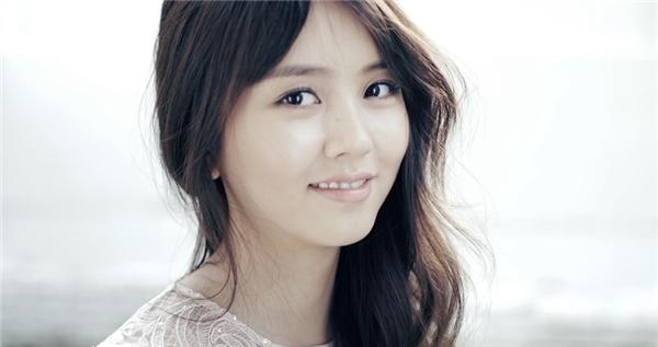 Lâu không gặp, Kim So Hyun đã quyến rũ thế này đây!