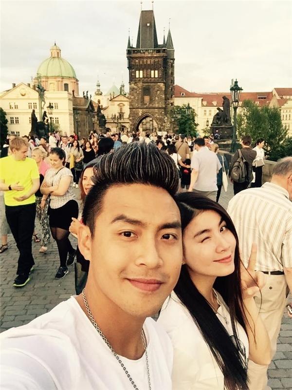 Vợ chồngKha Ly - Thanh Duy được xem là một đôi đẹp của làng giải trí Việt.