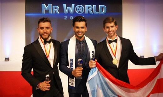 .  Ngoài Ấn Độ đã đoạt giải nhất, đại diện Fernando Alvarez của Puerto Rico đoạt giải Á vương 1, đại diện của Mexico là Aldo Esparza đoạt giải Á vương 2.