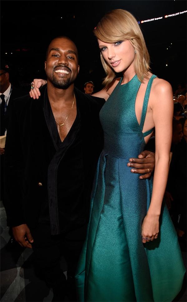 Mối quan hệ giữa Kanye West và Taylor đang trong hồi căng thẳng.