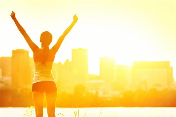 6. Việc bạn làm đầu tiên mỗi sáng là gì?(Ảnh Internet)