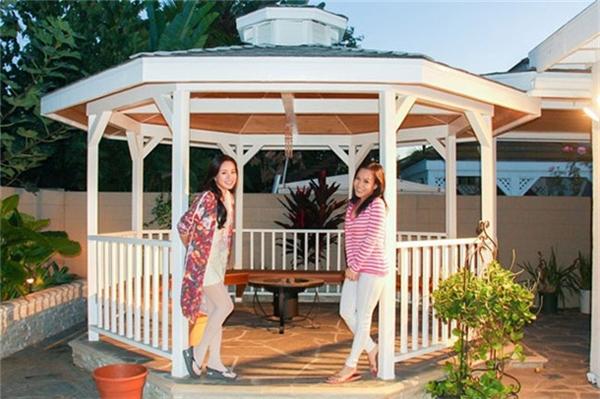 Trong khu vườn sau nhà, Việt Hương còn danh một khoảng không gian để cả nhà có thể cùng tụ tập chơi đùa, thư giãn. - Tin sao Viet - Tin tuc sao Viet - Scandal sao Viet - Tin tuc cua Sao - Tin cua Sao