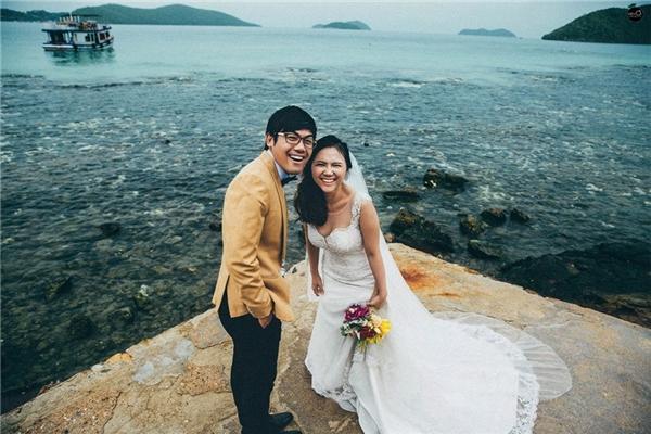 Cặp đôi tự nhiên, thoải mái trong từng khuônhình khiến người xem dễ dàng cảm nhận được sự thoải mái, hạnh phúc của cả hai. (Ảnh: Kim Ơi)