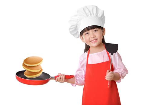 Trổ tài làm Pancake cho bé yêu