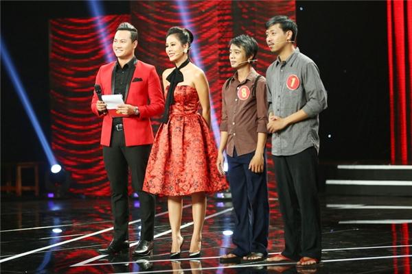 Top 4 thí sinh còn lại sẽ tiếp tục bước vào đêm thi thứ 10 của Cười Xuyên Việt với chủ đề Thần tượngphát sóng lúc 21gthứ Sáu tuần sau, ngày 29/7/2016 trên kênh THVL1.