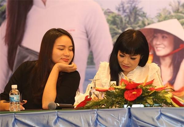Phương Thanh và Phan Như Thảo trongsự kiện vừa qua. - Tin sao Viet - Tin tuc sao Viet - Scandal sao Viet - Tin tuc cua Sao - Tin cua Sao