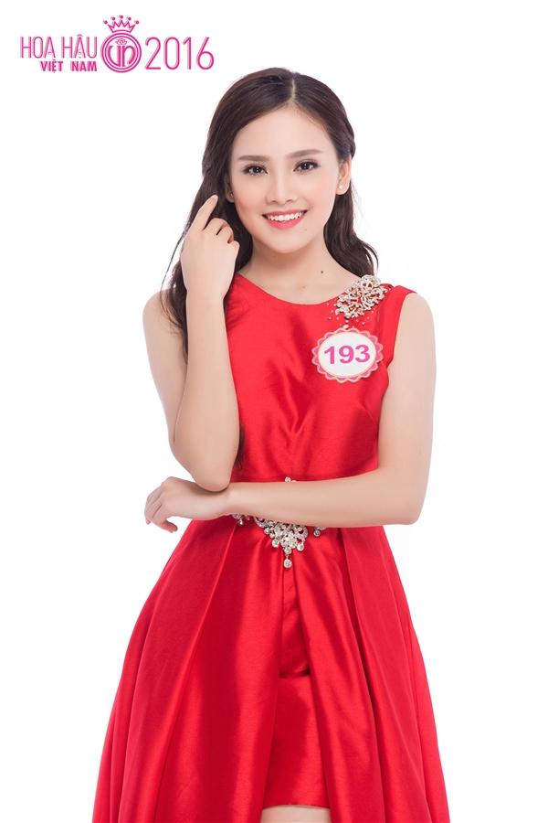 Trần Tố Như (SBD 193) - nữ sinh nổi tiếng được vinh dự diện kiến Tổng thống Obama trong chuyến thăm đến Việt Nam vào cuối tháng 5 vừa qua cũng góp mặt trong vòng chung kết Hoa hậu Việt Nam 2016. Cô từng đăng quang Hoa khôi của cuộc thi Thanh niên Thanh lịch và Thời trang Thái Nguyên2012 khi mới 15 tuổi.