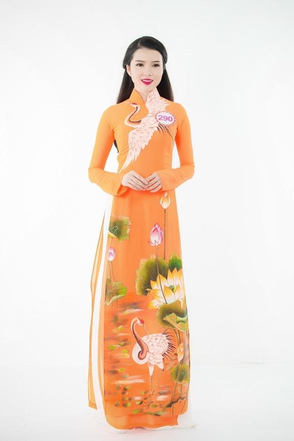 Huỳnh Thúy Vi (SBD 290) sinh năm 1993 và tốt nghiệp chuyên ngành Tài chính Ngân hàng. Năm 2014, cô xuất sắc đăng quanh danh hiệu Hoa khôi Sinh viên Cần Thơ 2014.