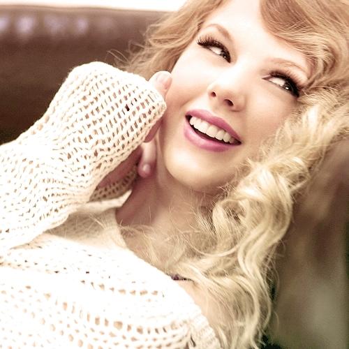 Bạn gái tin đồn mới của Calvin bị chê kém sắc hơn Taylor Swift