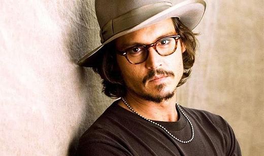 Johnny Depp còn có thói quen là không thích tắm.