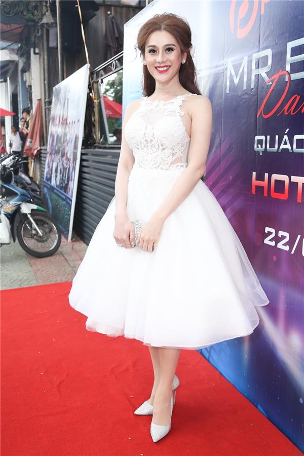 """""""Công chúa"""" Khanh Chi Lâm"""