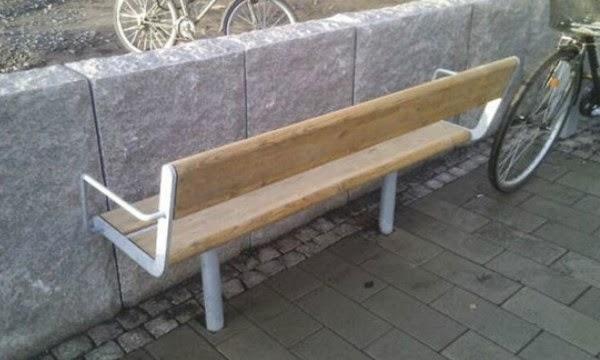 Đừng nhầm nhọt nhé. Ghế để nằm, chống chỉ định ngồi.