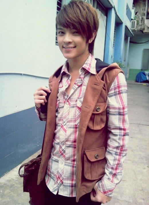 Kelbin Lei với hình ảnh một hot boy dễ thương thời mới nổi. (Ảnh: Internet)
