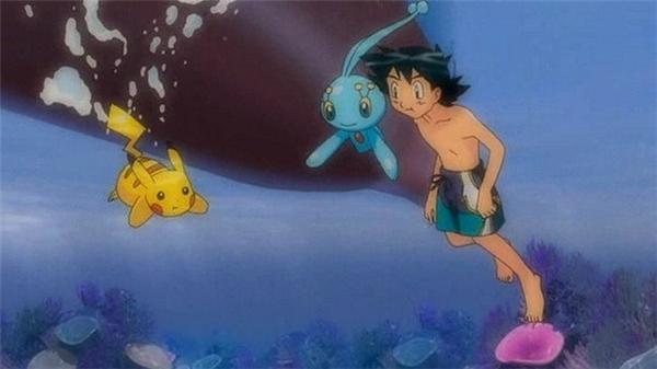 Các fan của Pokemon hẳn không ít nhấtmột lần thắc mắc tại sao Satoshi không bị điện giật đen ngườikhi đi bơi cùng với Pikachu đúng chứ?