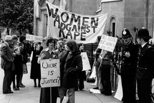 1 trong 6 phụ nữ Anh (từ 16 - 59 tuổi) thừa nhận rằng họ đã trải qua một số hình thức bạo lực tình d.ục từ năm 16 tuổi.