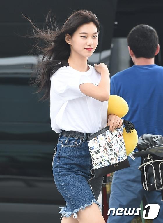 """""""Bản sao Jun Ji Hyun"""" Kim Do Yeon sắc sảo và quyến rũ."""