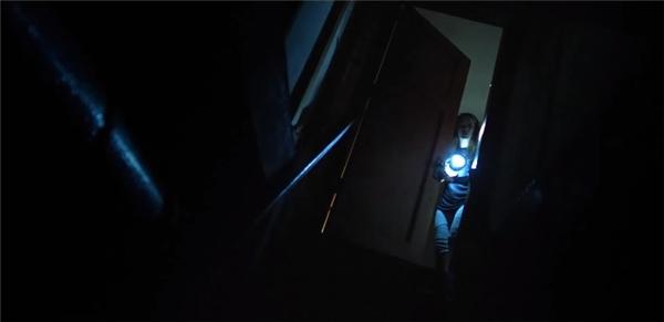 Bóng đêm luôn là nỗi sợ hãi của mọi người.