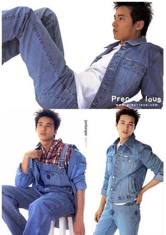Vẻ ngoài mĩ nam của Won Bin chính là cứu tinh giúp bộ trang phục trông dễ nhìn hơn. Nếu không phải anh mà là ai khác mặc, chắc chắn sẽ là thảm họa nổi tiếng của làng thời trang.