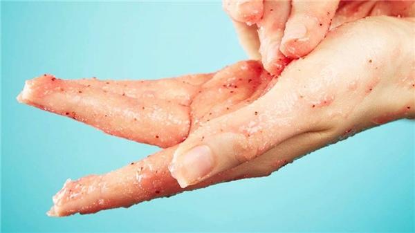 Những hạt li ti trong mĩ phẩm được gọi là hạt vi nhựa hoặcmicrobeads. (Ảnh: internet)
