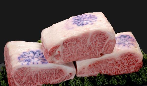 Loại thịt đạt chất lượng cao phải đáp ứng các yêu cầu về chất lượng thịt và tỉ lệ mỡ đối với thịt.