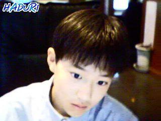 """Sở hữu làn da trắng mịn cùng gương mặt """"xinh trai"""", chắc hẳn ngày xưa Suho (EXO) là hotboy được nhiều bạn gái trong trường theo đuổi."""