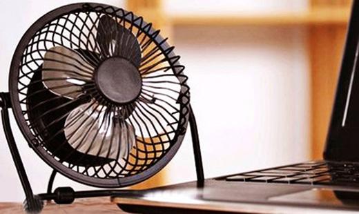 Cứu cánh cho vấn đề nàylàquạt tản nhiệt (máy để bàn) vàđế tản nhiệt (laptop).