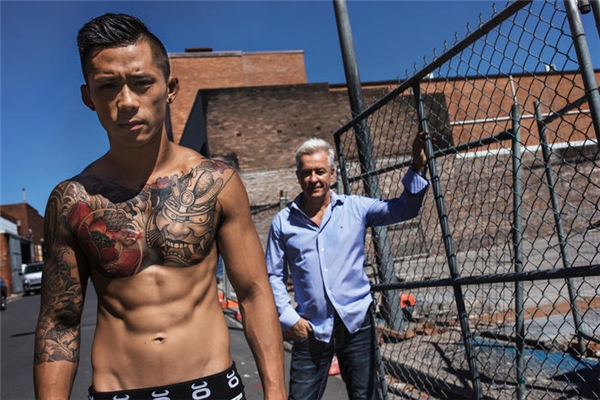 Thân thế chàng võ sĩ hạ gục nhà vô địch Trung Quốc trong 2 phút