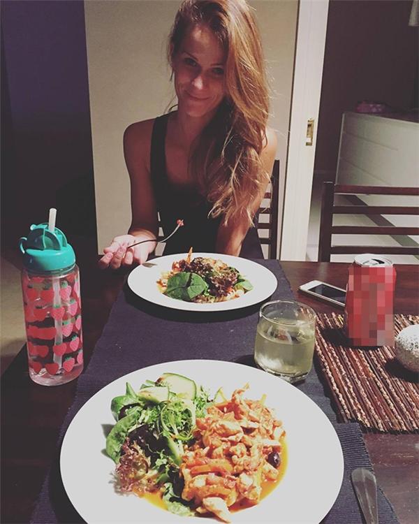 Brooke, người vợ xinh đẹp luôn ủng hộ chồng 100% (Ảnh: Instagram)