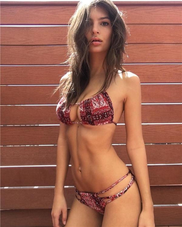 Cô nàng nóng bỏng này chính là Nữ hoàng bikini 2016