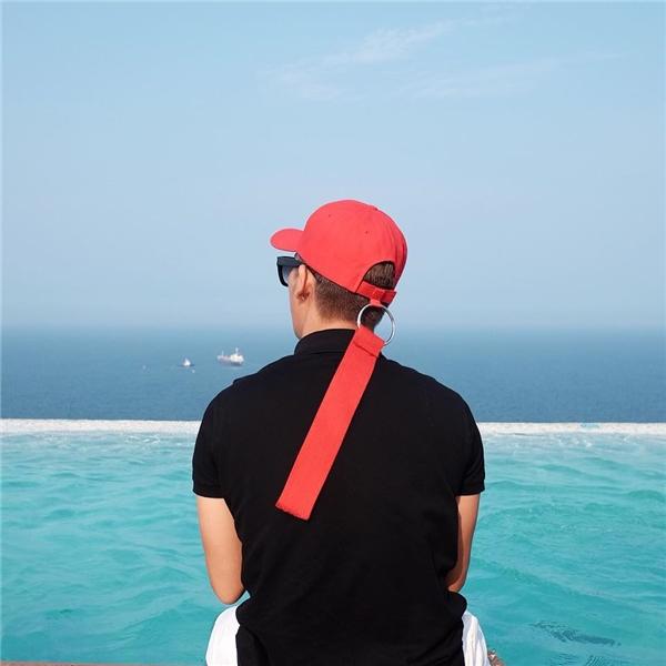 Mũ đeo khuyên, trào lưu mới cực chất gắn với Sơn Tùng