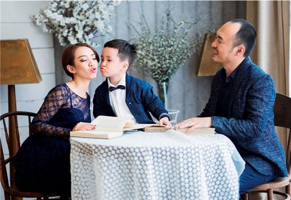 Đặc biệt cuối năm nay, vợ chồngThu Trang - Tiến Luật sẽ quay trở lại với dự án phim parody hài ma, với các phiên bản phim ăn khách như Annabelle, The Conjuring, Lights out.... - Tin sao Viet - Tin tuc sao Viet - Scandal sao Viet - Tin tuc cua Sao - Tin cua Sao