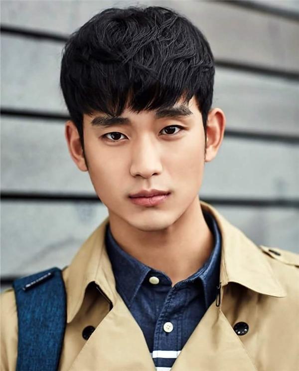 Kim Soo Hyun không thường xuất hiện trên màn ảnh nhưng mỗi tác phẩm mà nam diễn viên này lựa chọn đều chất lượng và thành công.(Ảnh: Internet)