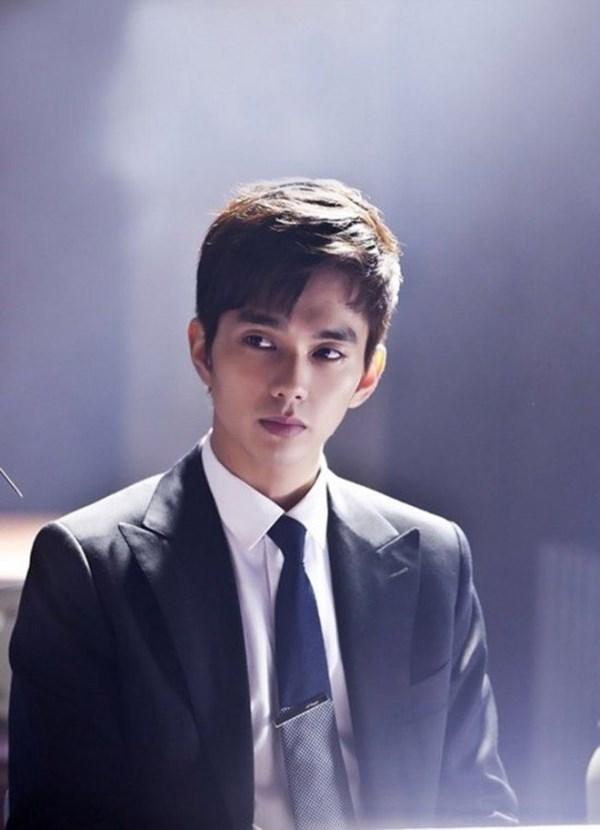 Yoo Seung Ho chính là cái tên đáng tin cậy bảo chứng cho những bộ phim chính kịch kén người xem của Hàn.(Ảnh: Internet)