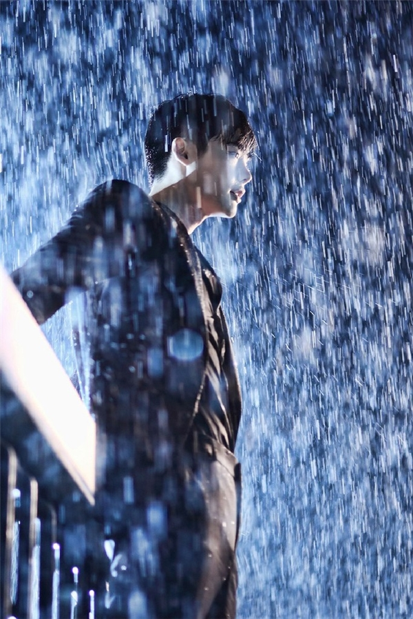 "Lee Jong Suk trong bộ phim ""W - The Two World"". (Ảnh: Internet)"