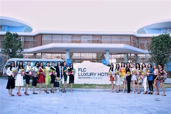 Quần thể du lịch nghỉ dưỡng FLC Quy Nhơn là địa điểm lý tưởng được BTC Hoa hậu Bản sắc Việt toàn cầu lựa chọn để đón tiếp các thí sinh, đồng thời cũng là nơi diễn ra các hoạt động của vòng bán kết toàn cầu.
