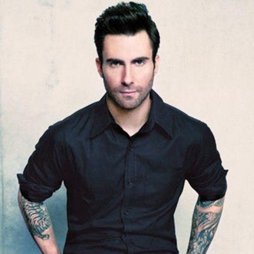 Cha của thủ lĩnh ban nhạc Maroon 5, Adam Levinelà người sáng lập ra thương hiệu thời trang M.Fredic. Ngoài nghiệp âm nhạc, Adam cũng theo bước cha ra mắt thương hiệu quần áo Kmart. Hiện tài sản của huấn luyện viên The Voice là 35 triệu USD.